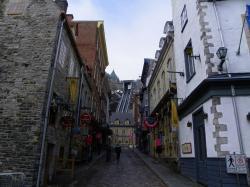 Rue Sous-le-Fort et funiculaire